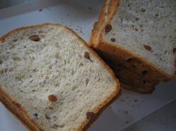 黒豆甘納豆パン