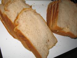 生いちごパン