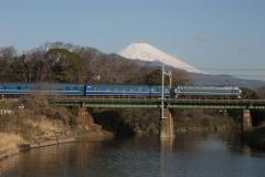 2-21_fujibusa.jpg