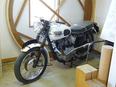 1963年型 トライアンフ・ボンネビル 650cc