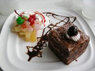 名前忘れた、、、チョコケーキ?