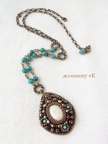 accessory +K  ビーズ刺繍 ターコイズ・ネックレス