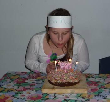 学校でケーキ