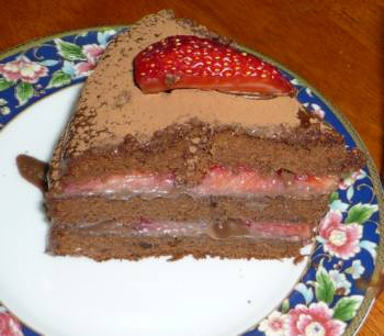 誕生日のいちごチョコケーキ