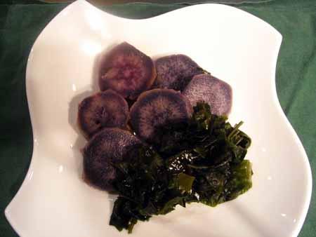 紫芋とわかめのさっぱり煮
