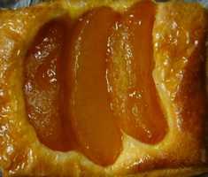 フレッシュベーカリー神戸屋 青森りんごのデニッシュ