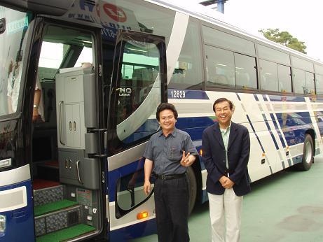 観光バス2