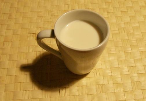 ウイスキーのホットミルク割り