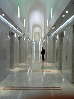 オペラシティエレベーターホール