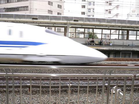 新幹線ビュン