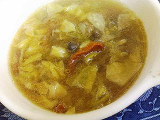 キャベツと大豆のスープ
