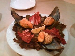 ALPINO 前菜 ムール貝のピラフ詰め