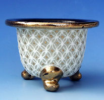 猩々用の鉢