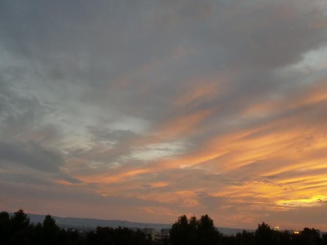 涙の中の虹を見つけに*:・゜.☆ ~青森市セラピールーム アルクトゥールス~-夕焼け