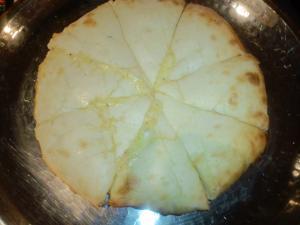 SAPANAクリスマスディナー・チーズナン