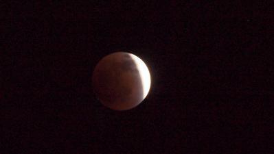 Lunar eclipse Dec 10 2011