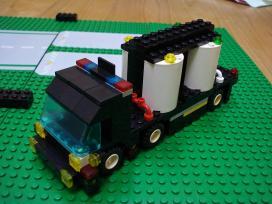 LEGO6.jpg