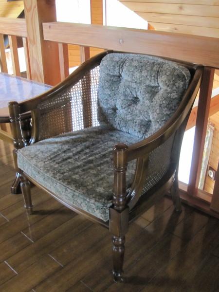 我が家の骨董椅子