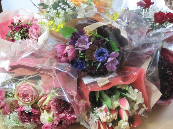 たくさんの花束(2)