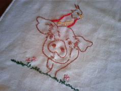 0618ブタ鳥刺繍
