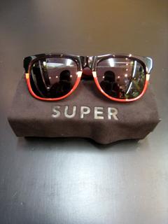 SUPER SUNGLASS (スーパーサングラス)