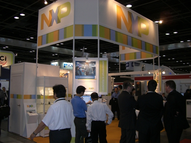 RFID_World_Asia_2009_NXP.jpg