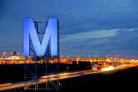 これがミュンヘン空港のMの字