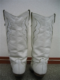 ホワイトブーツ ②
