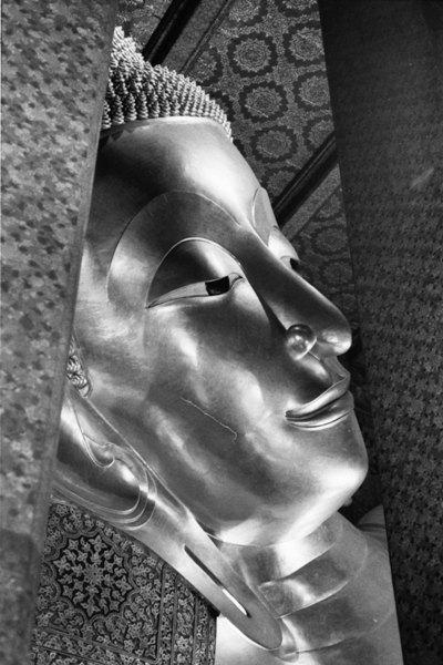 ワットポー涅槃仏