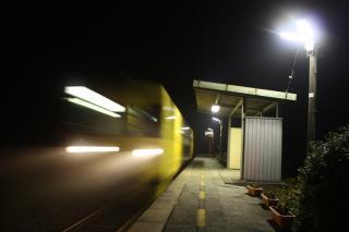 肥前長野駅(夜)