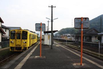 山本駅(8)c
