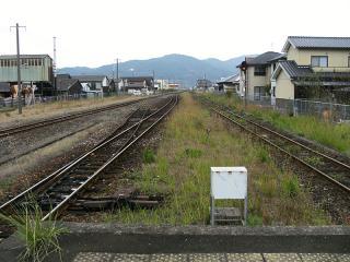 山本駅(10)b