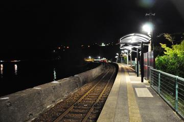 千綿駅の夜(1)
