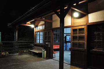 千綿駅の夜(5)