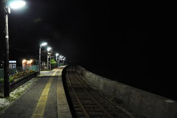 千綿駅の夜(8)