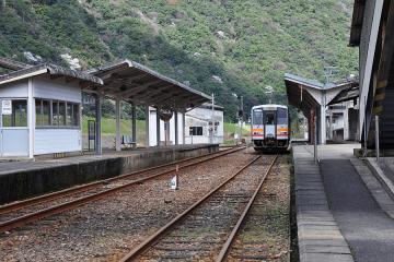 石見川本駅(8)