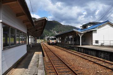 石見川本駅(9)