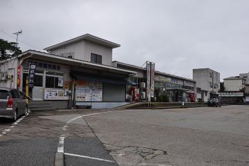 江津駅(2)
