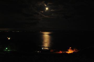 月の見える丘(5)