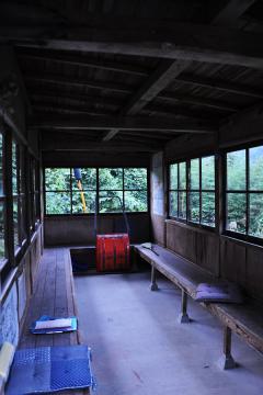 黄昏の長谷駅(3)
