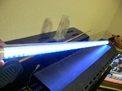LED青+白