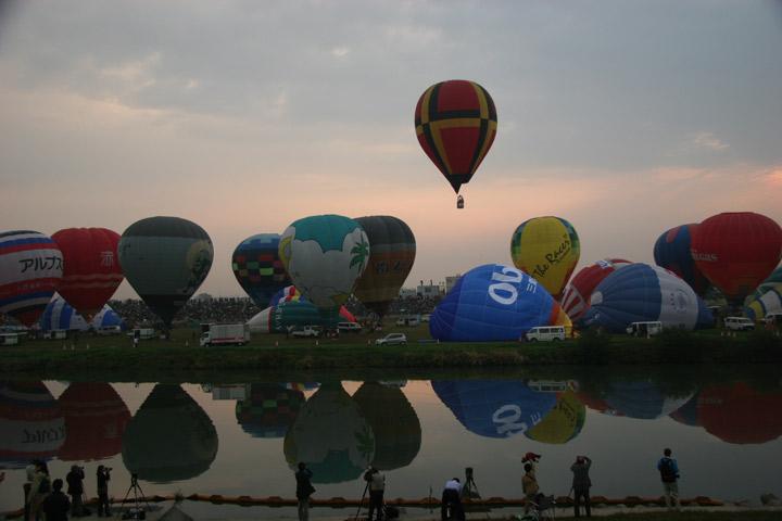 2005balloon006.jpg