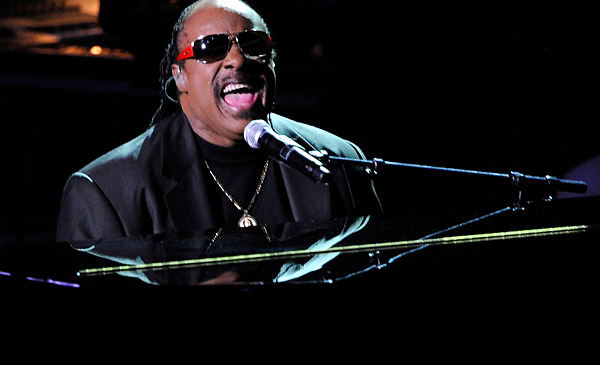 stevie_wonder-pianomj.jpg