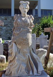 勝利の女神像