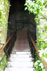 託宣の間地下入口