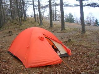 奥多摩小屋のテント場-2℃