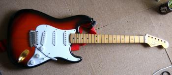 090425-guitar.jpg