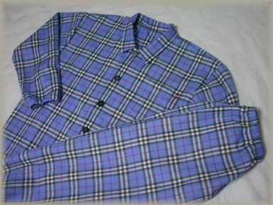 チェックのパジャマ
