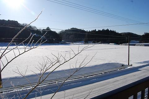二階から写した雪景色