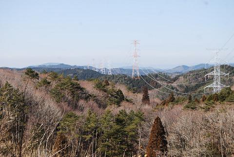 林道から見る三河山地
